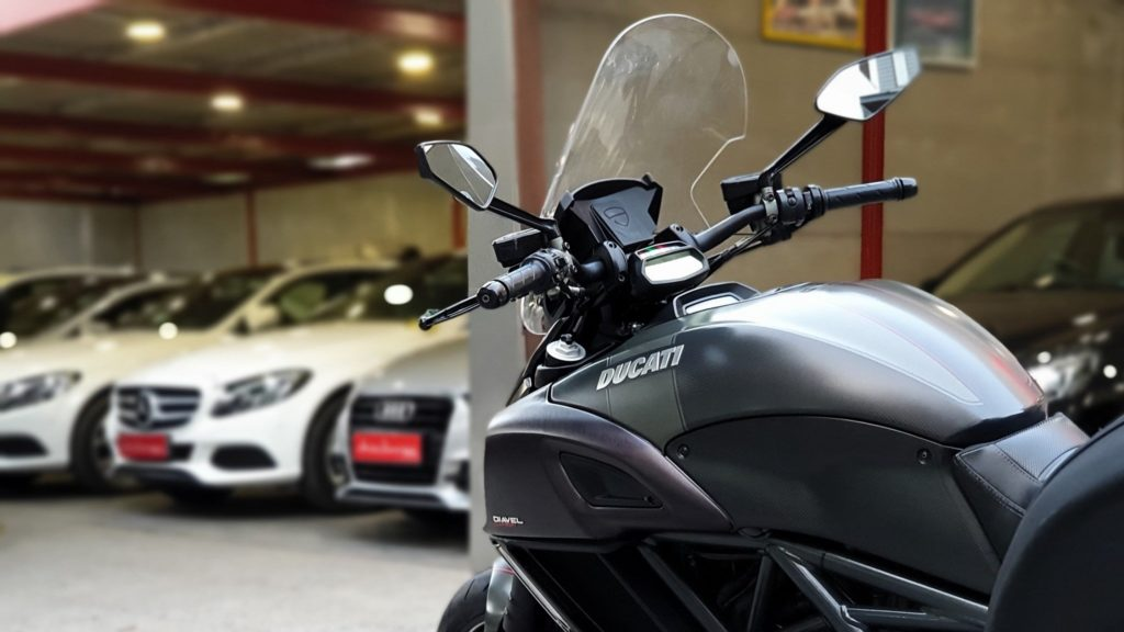 Ducati Diavel Carbon