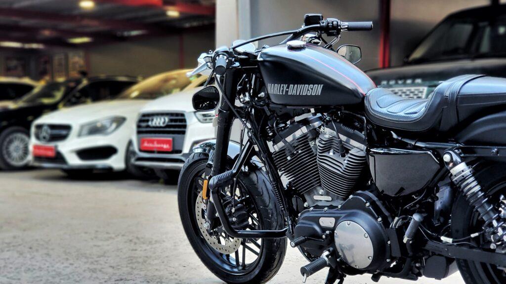 Harley Davidson Roadster 1200 CX ABS