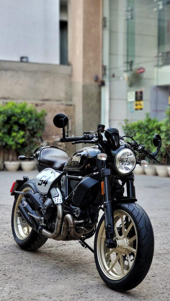 Ducati Scrambler Cafe Racer 800